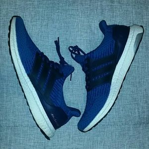 Gently used ULTRA BOOST 3.O men's sz-11